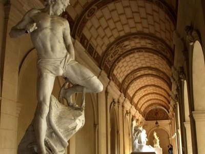 Statues Cloître Musée des Beaux-Arts