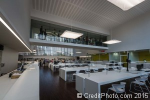 La grande salle du cube jaune de lyon, les archives départementales
