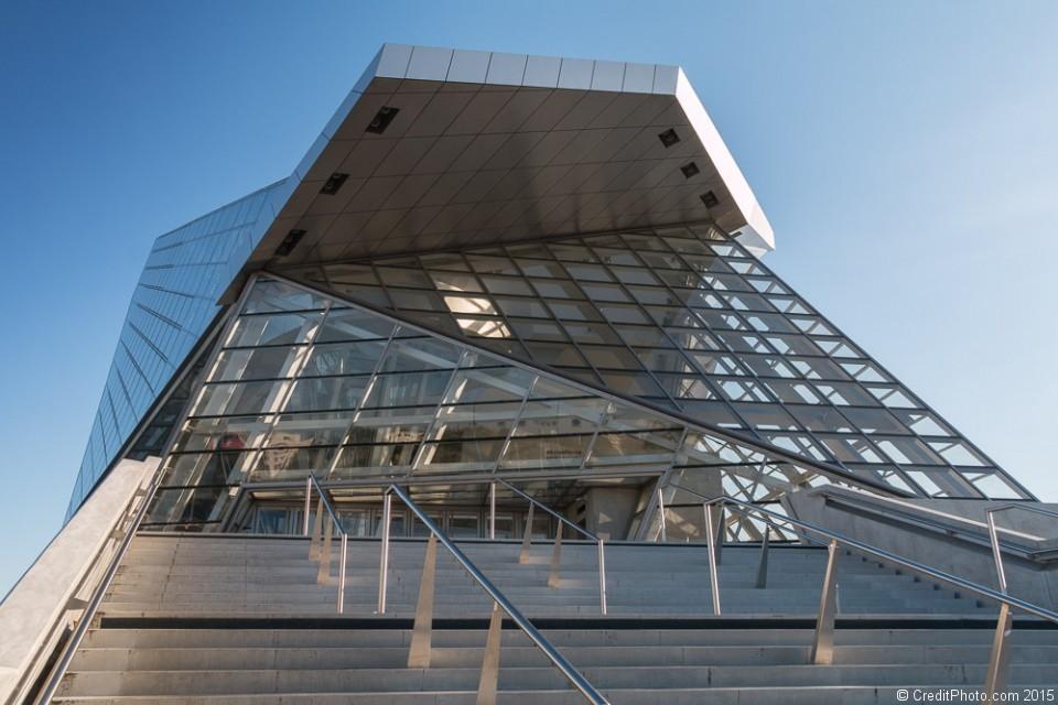 Musée des Confluences Lyon, Entrée